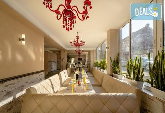 Хотел Зевс 3* - снимка - 31