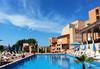 На море в Созопол в ТОП сезона! Хотел Хера 3*, в местност Буджака до плажа Харманите! Нощувка и закуска на блок маса, настаняване в двойна стая, ползване на басейн, шезлонги и чадъри, безплатен паркинг към хотела - thumb 1
