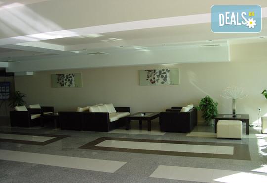 Хотел Амфибия Бийч 3* - снимка - 10