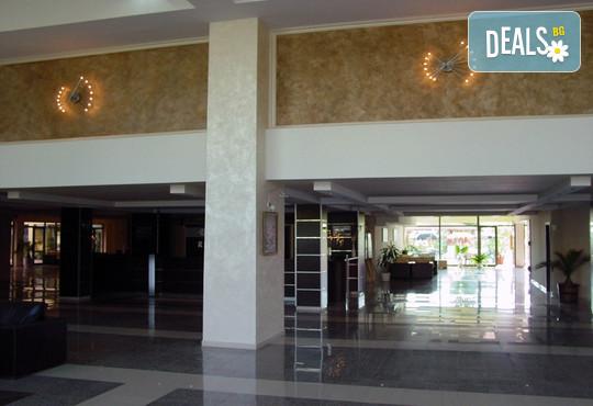 Хотел Амфибия Бийч 3* - снимка - 11