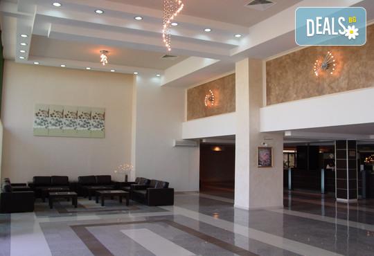 Хотел Амфибия Бийч 3* - снимка - 12