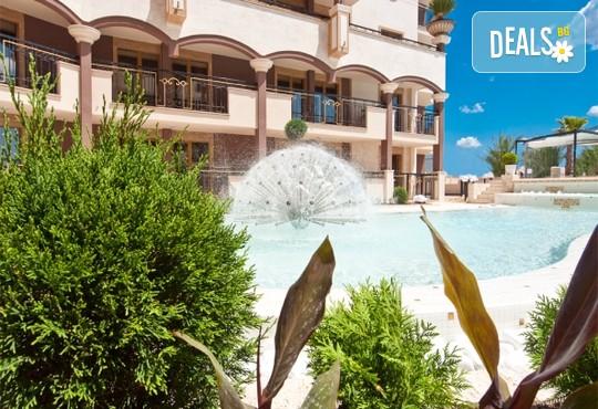 Хотел Голдън Ина 3* - снимка - 20