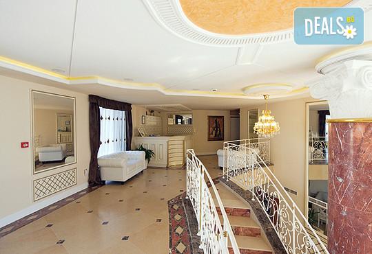 Хотел Голдън Ина 3* - снимка - 10