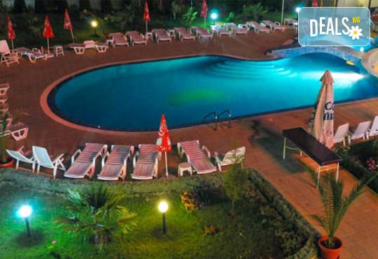 Хотел Съни 3* - снимка - 11