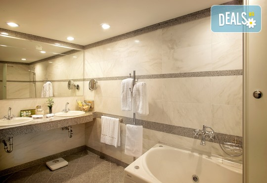 Theophano Imperial Palace 5* - снимка - 40