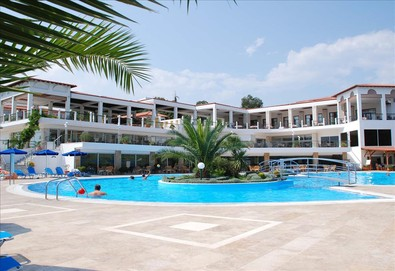 Нощувка на база Закуска и вечеря,Закуска, обяд и вечеря в Alexandros Palace Hotel & Suites 5*, Трипити, Халкидики - Снимка