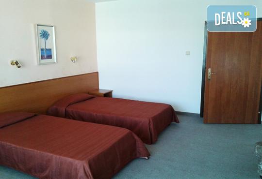 Хотел Делта Палас 2* - снимка - 3