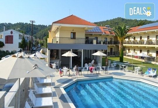 Aristotelis Hotel 2* - снимка - 6