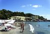 Лятна почивка на брега на морето в Хотел Марина 3*, Китен! Нощувка на база по избор: закуска/ закуска и вечеря/ закуска, обяд и вечеря, собствен плаж и безплатни шезлонги и чадъри, безплатно за дете до 3.99 г. - thumb 5