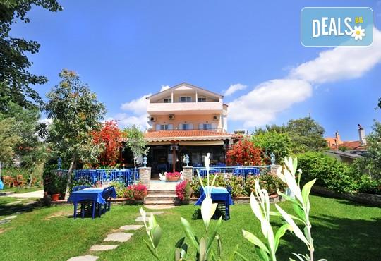 Hotel Angelos Garden 3* - снимка - 2