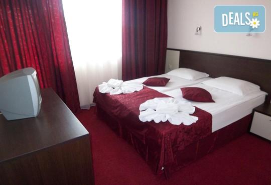 Хотел Пешев 3* - снимка - 13