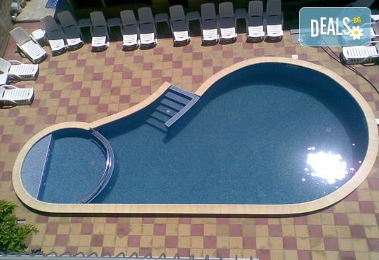 Хотел Пешев 3* - снимка - 2