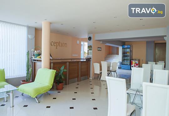 Семеен хотел Сандор 2* - снимка - 3
