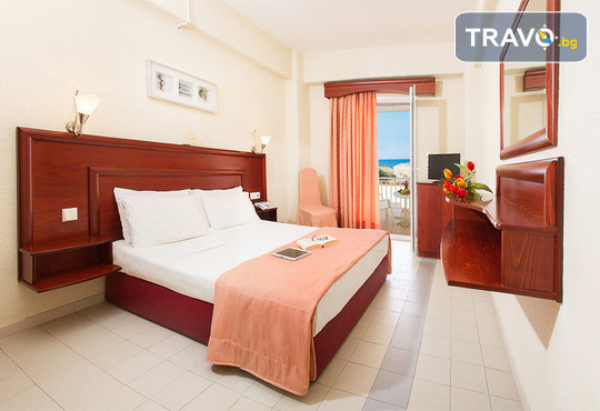 Loutra Beach Hotel 3* - снимка - 4