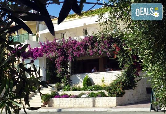 Loutra Beach Hotel 3* - снимка - 2