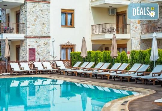 Nereides Hotel 2* - снимка - 21