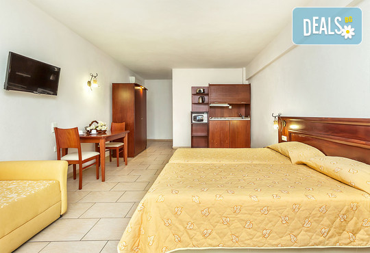 Nereides Hotel 2* - снимка - 6
