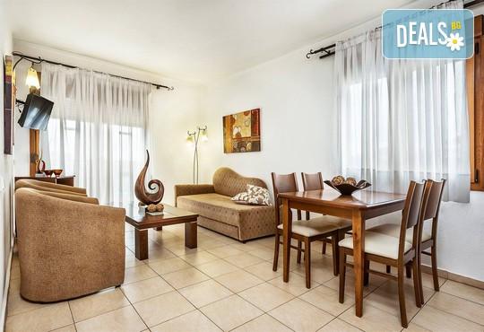 Nereides Hotel 2* - снимка - 10