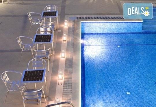 Stratos Hotel 3* - снимка - 10