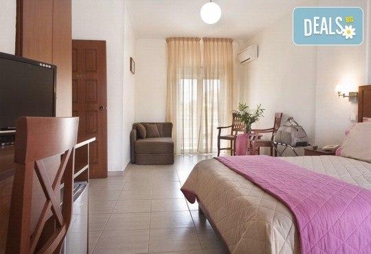 Stratos Hotel 3* - снимка - 5