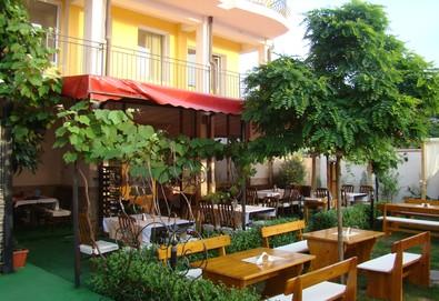 На море през август и септември в живописния Лозенец, в хотел Белисимо - на крачка от плажа! 5 нощувки със закуски на човек, в двойна стая - Снимка