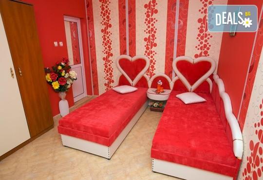 Семеен хотел София 3* - снимка - 8