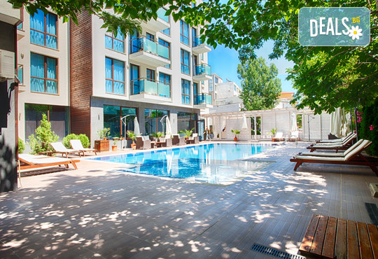 Апартхотел Сън Гейт 3* - снимка - 1