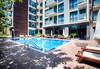 Изпратете лятото в апартхотел Сън Гейт 3*, Слънчев Бряг! 2 или 3 нощувки, ползване на басейн, шезлонг и чадър, безплатно за дете до 2.99г.!  - thumb 5