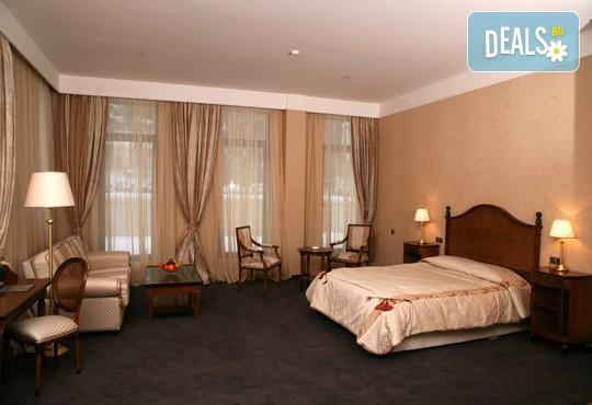 Хотел Феста Уинтър Палас 5* - снимка - 4