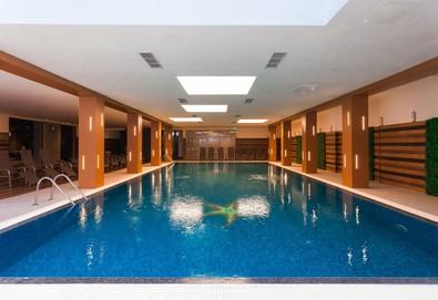 5-звездна почивка в Боровец! Нощувка със закуска и вечеря в хотел Боровец Хилс, ползване на вътрешен басейн, джакузи, сауна, парна баня и фитнес - Снимка