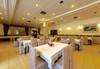 Нова година в хотел Мура 3*, Боровец! 3 нощувки със закуски, 2 стандартни вечери и Новогодишна празнична вечеря с възможност за неограничена консумация на български алкохол, безплатно за дете до 2,99г.! - thumb 16