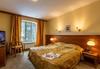 Зимна ваканция в хотел Сокол 3*, Боровец! Нощувка със закуска и вечеря, безплатно за дете до 5г.! - thumb 4