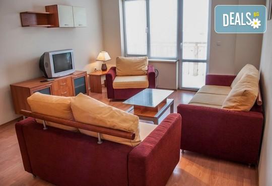 Апартаменти за гости Игъл Рок 2* - снимка - 8