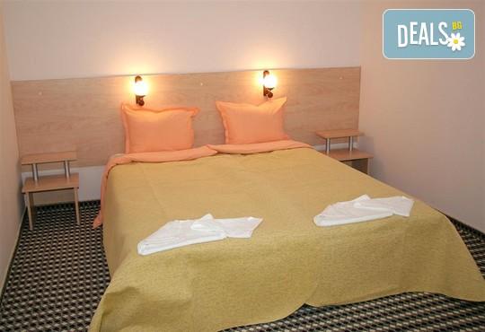 Хотел Елена 2* - снимка - 2