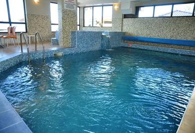Релакс и чист въздух в Сапарева баня! Нощувка със закуска и вечеря в хотел Емали, ползване на минерален басейн и джакузи, безплатно за дете до 1.99 г. - Снимка