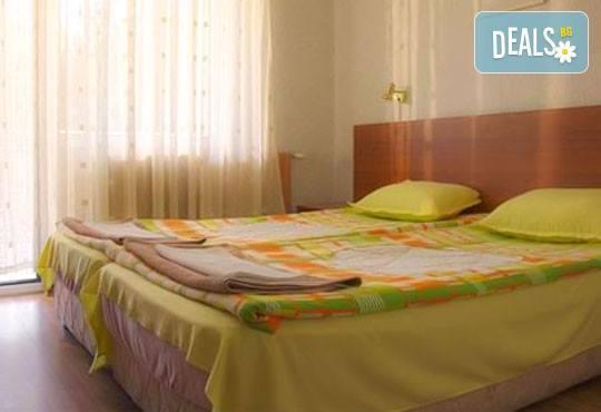Хотел Зора 2* - снимка - 3