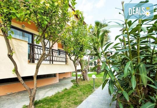 Lemon Garden Villa - снимка - 11
