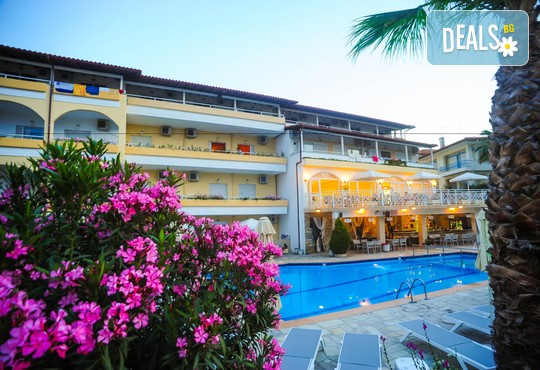 Tropical Hotel 3* - снимка - 4