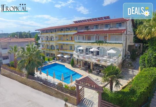 Tropical Hotel 3* - снимка - 1