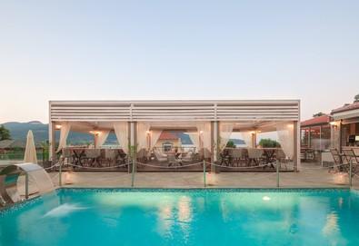 Нощувка на база Закуска и вечеря в Ntinas Filoxenia Hotel 0*, Скала Потами, о. Тасос - Снимка