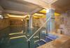 Почивайте през август или септември в Балнеохотел Аура 3*, Велинград! Нощувка със закуска и вечеря, ползване на уелнес пакет - 2 закрити и 1 открит минерален басейн, контрастен басейн, сауна, парна баня и тропически душ - thumb 3
