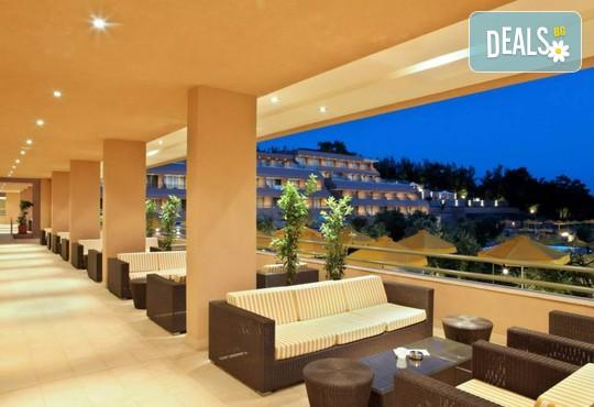 Royal Paradise Beach Resort & Spa 5* - снимка - 12