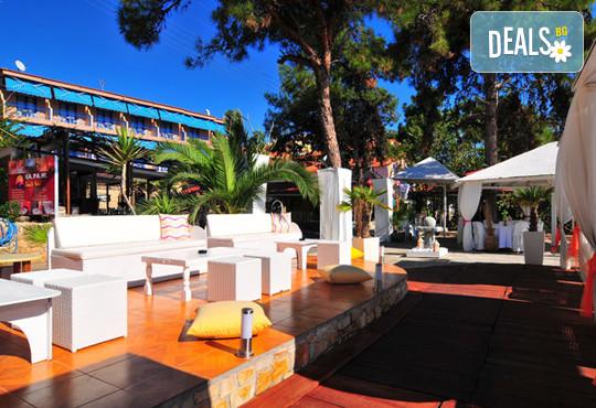 Kapahi Beach Hotel 2* - снимка - 17