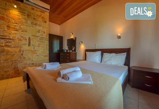 Ellas Hotel 2* - снимка - 9
