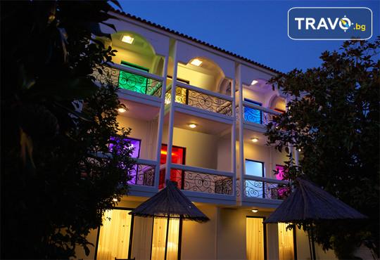 Kamari Beach Hotel 3* - снимка - 4