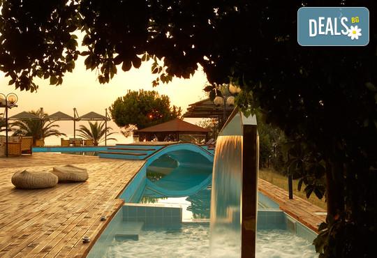 Kamari Beach Hotel 3* - снимка - 23