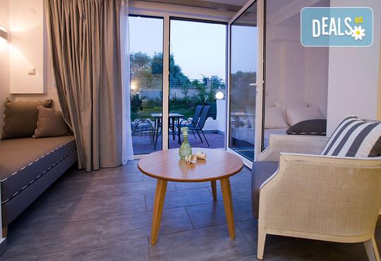 Kapahi Sea View Hotel Apartments - снимка - 11