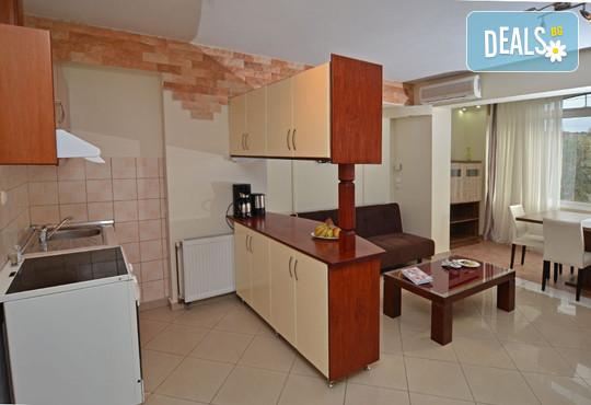 Kapahi Sea View Hotel Apartments - снимка - 10
