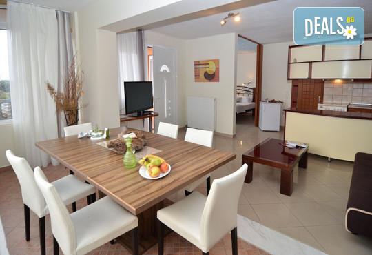 Kapahi Sea View Hotel Apartments - снимка - 8