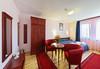 Почивайте в Рачев хотел Резиденс 4*, Арбанаси! 2 нощувки със закуски, една вечеря в ден по избор, еднократно ползване на парна баня! - thumb 15